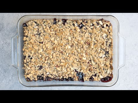 Fast And Easy Cherry Crisp