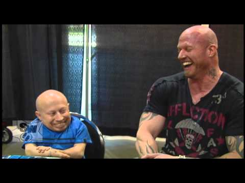Stars Walk: Rob Archer oneonone  with Verne Troyer