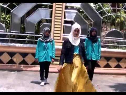 Video Klip Syahrini