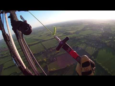 PARAMOTOR . UK COUNTRYSIDE.