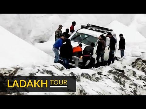 Heavy Snowfall at Khardungla Pass Leh Ladakh