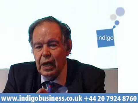 Edward de Bono – discusses Lateral Thinking™