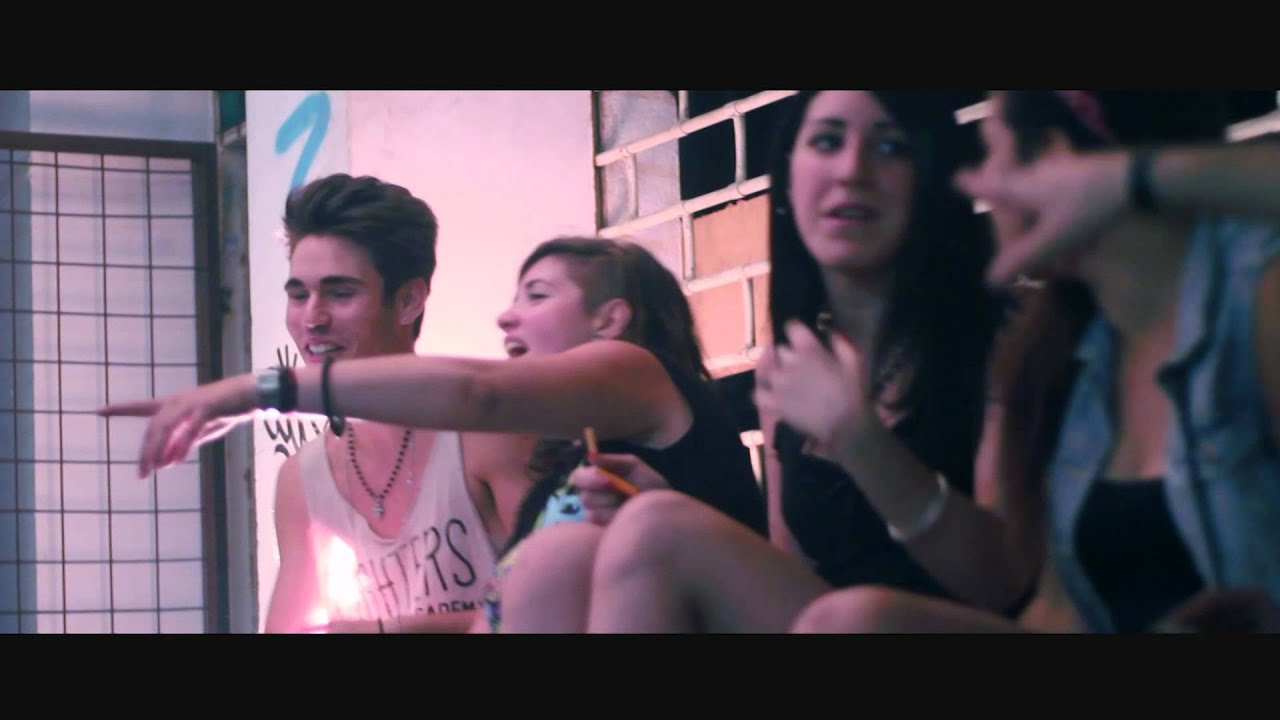 Download Disaster Date Feat. Enne O2 - Definitely (Summer Days) Official Video