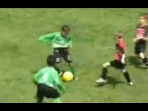 Thần đồng bóng đá 2010