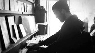 Chet Faker - I'm Into You - (Acoustic Piano Live At WNYC 19-11-13, NYC) - Stafaband