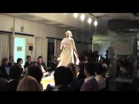 8663ee96dfe0 Centro Sposi Paradiso - Catwalk 14-11-10 HD - YouTube