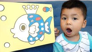 Trò Chơi Tranh Cát Con Cá ♥ Bé Bắp – Bé Bún Tô Màu ♥ Đồ Chơi Trẻ Em