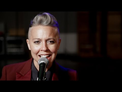 Erin McKeown - Sugar in a Pie (opbmusic)