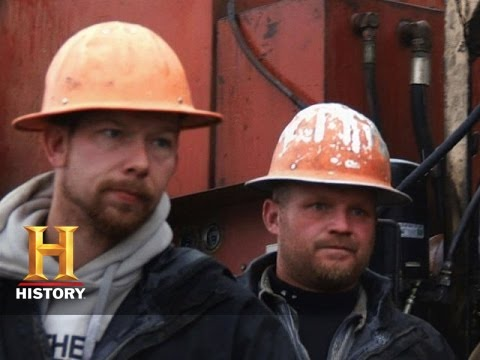 Ax Men: Bubba's Medical Emergency (S8, E9) | History