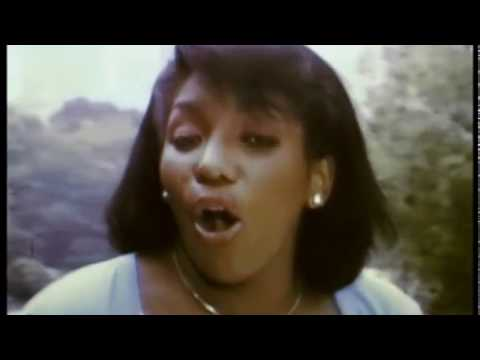 NEVER KNEW LOVE LIKE THIS BEFORE - STEPHANIE MILLS (1980)