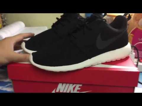Review Nike Roshe Run Black And White สีดำจากเว็ป Nike