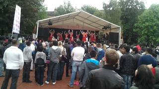 Scottish Indian dance mix at the Glasgow Mela 2011