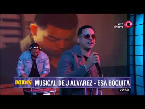 "¡J Álvarez canta ""Esa boquita""!"