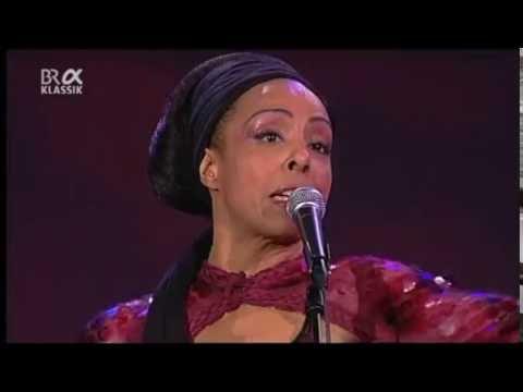 Zap Mama - Bandy Bandy - Jazzwoche Burghausen 2008