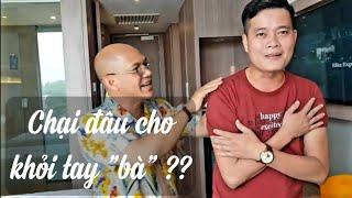 """Color Man trả đũa Khương Dừa """"dã man"""" trong phòng khách sạn Novotel Melaka ???!!!"""