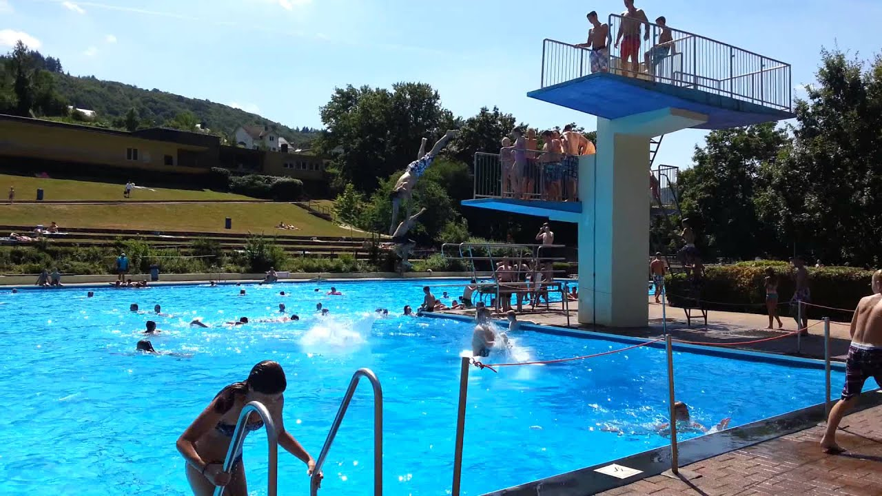 Cochem Schwimmbad - YouTube