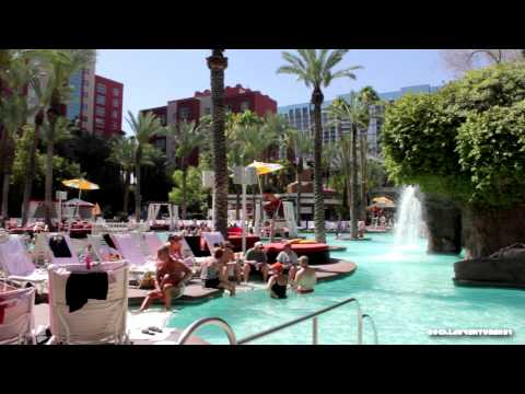Las Vegas - the Paradise garden of Flamingo Hotel and Casino in HD from YouTube · High Definition · Duration:  1 minutes 52 seconds  · 1 000+ views · uploaded on 07/11/2012 · uploaded by magroswelt
