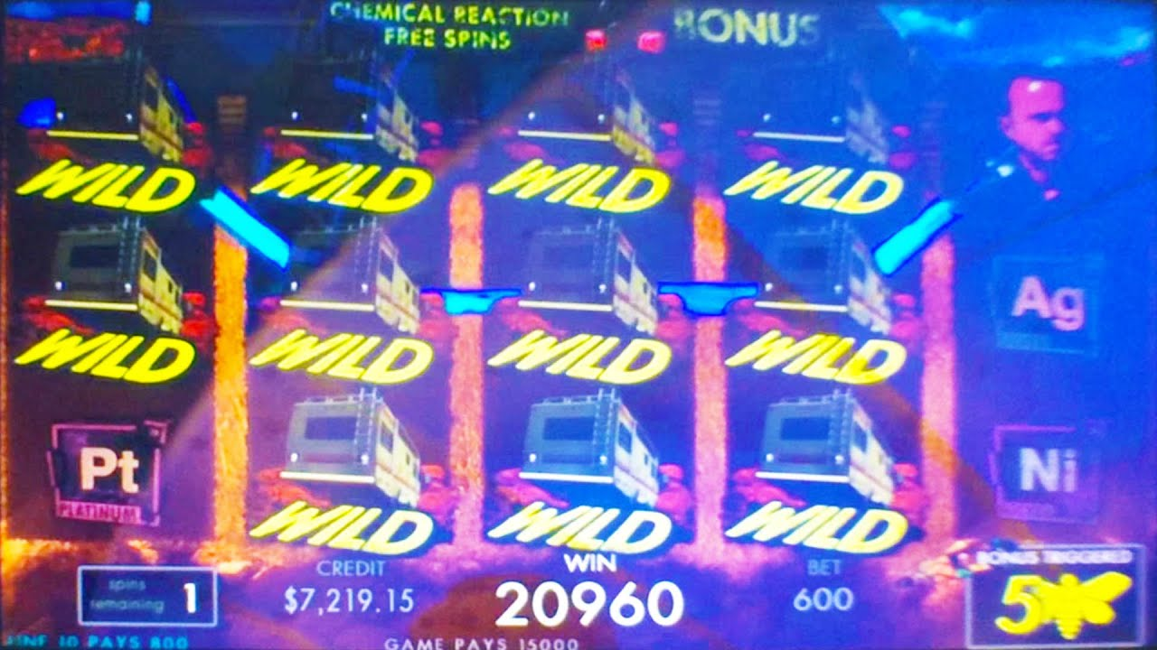 NEW Breaking Bad slot machine, G2E 2015, IGT - YouTube