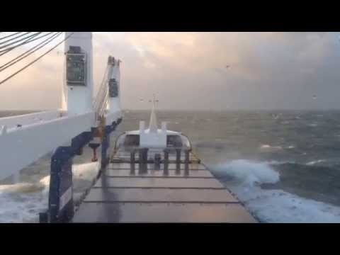 MV UAL Bodewes in bad weather