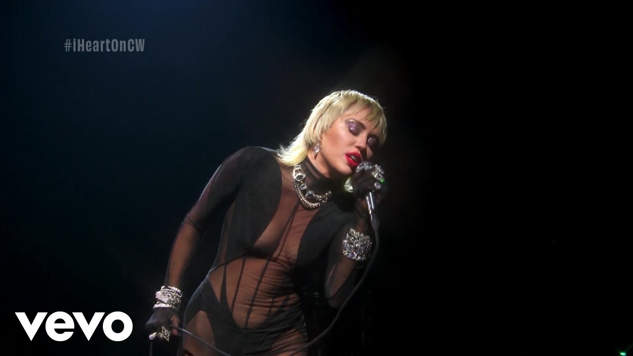 Miley Cyrus - Heart Of Glass (Live from the iHeart Festival)