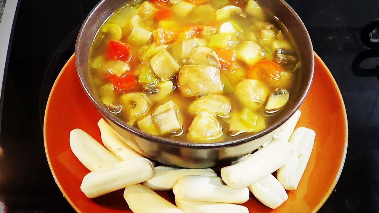 Sopa De Verduras Y Quinoa Con Champiñones 339 Sopa De Verduras Verduras Comida étnica