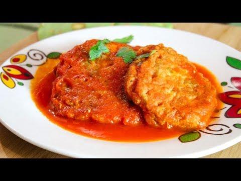 Tortitas de Nopales con Atún en Caldillo o Salsa Roja