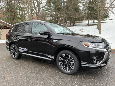 2018 Mitsubishi Outlander PHEV   Was It Worth The Wait?   TestDriveNow