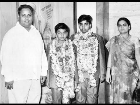 Dhirubhai Amabni's sons Mukesh and Anil Childhood