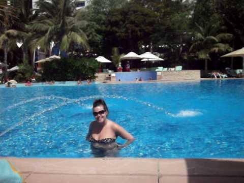DUBAI JUMEIRAH BEACH HOTEL POOL