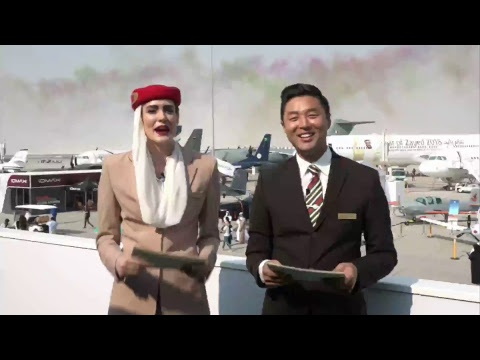 Emirates A380 and Boeing 777 Flying Display | Dubai Airshow 2017