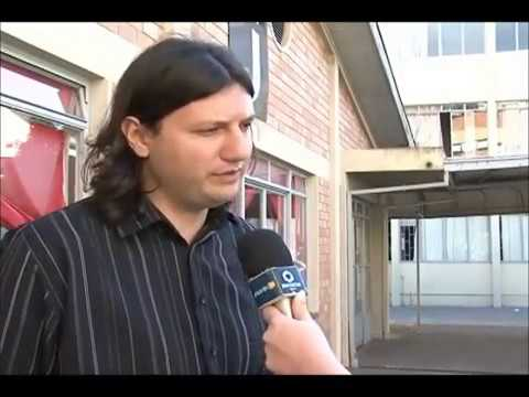 Alexandre Santana apresenta na TV Unicentro seu projeto de música e literatura