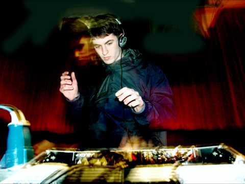 DJ Mujava - Township Funk (Skreamix) [HD]