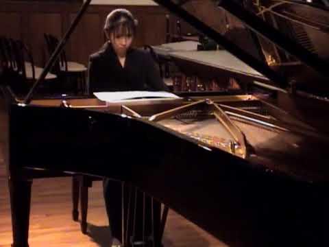 Chitose Okashiro plays Toru Takemitsu Uninterrupted Rest 岡城千歳、武満徹の「遮られない休息」を弾く