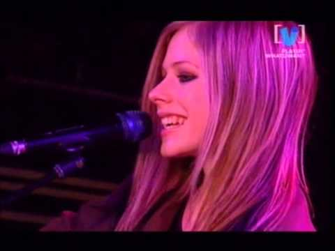 Avril Lavigne - Live on Channel V whatUwant 17/08/2004