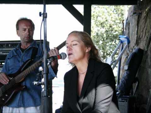 Malvina Band - Sugar Coated Love.wmv