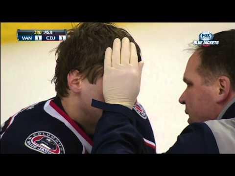 Henrik Sedin spears Sergei Bobrovsky in the eye