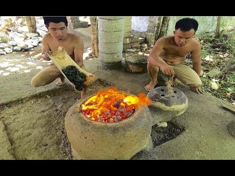 Primitive Technology: Experiment, building a Simple Metal Furnace (Forge)