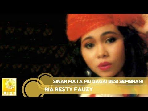 Ria Resty Fauzy - Sinar Mata Mu Bagai Besi Sembrani (Official Music Audio)