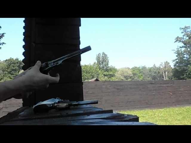 Pierwsze strzelanie z revolweru cp. Remington ,Rogers Spencer