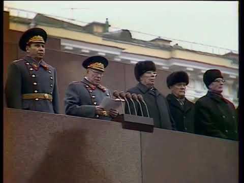 hymn-zsrr-podczas-święta-rewolucji-w-1981