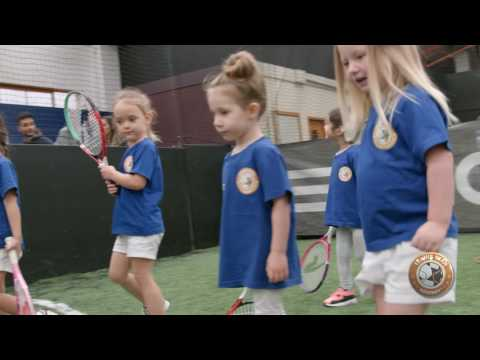 Tennis Time Kids - Teaching Children Aged 3 to 5 How To Play Tennis