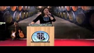 Dios nunca ha abandonado al hombre - Pastora Carolina de Noguera