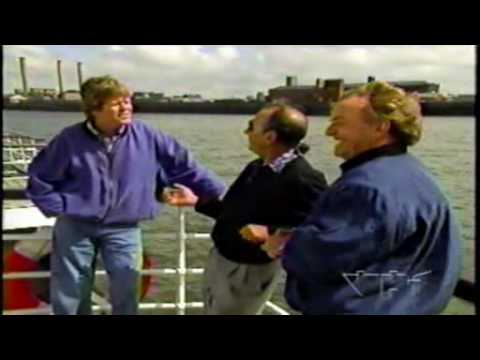 Peter Noone interviews Gerry Marsden and Freddie Garrity