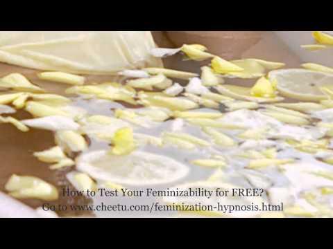 Bending Over Prank : Upskirt Drives Men Crazy von YouTube · Dauer:  1 Minuten 44 Sekunden  · 6,359,000+ Aufrufe · hochgeladen am 9/19/2013 · hochgeladen von PrankAttacks