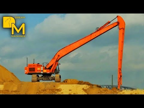 BIG HITACHI ZAXIS 600 LONG REACH EXCAVATOR DREDGING WITH LONG BOOM SPREADING SAND