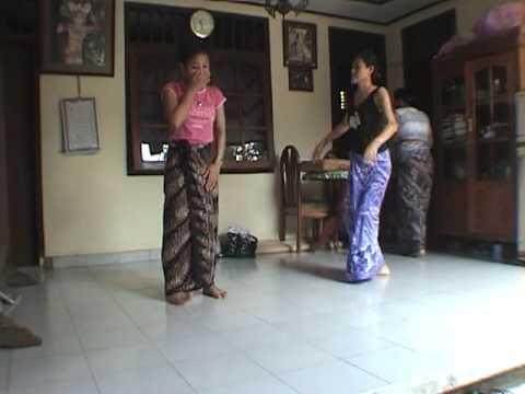 iPhone soft(Power Ubud) Yuliati dance training 1