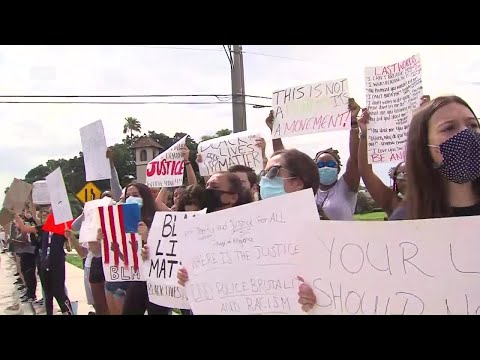Teens-protest-social-injustice-in-West-Boca-Raton