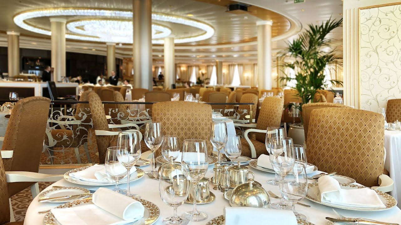 The Grand Dining Room Oceania Riviera