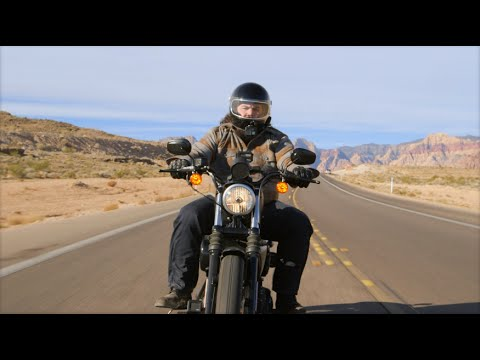 Harley Davidson Sportster Iron 883 Review at RevZilla.com