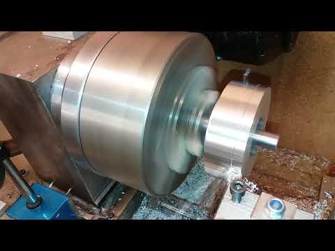 Diy metal lathe with new 2.2kw motor + vfd